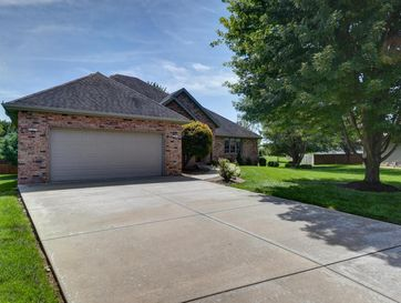2000 East Burntwood Drive Springfield, MO 65803 - Image 1