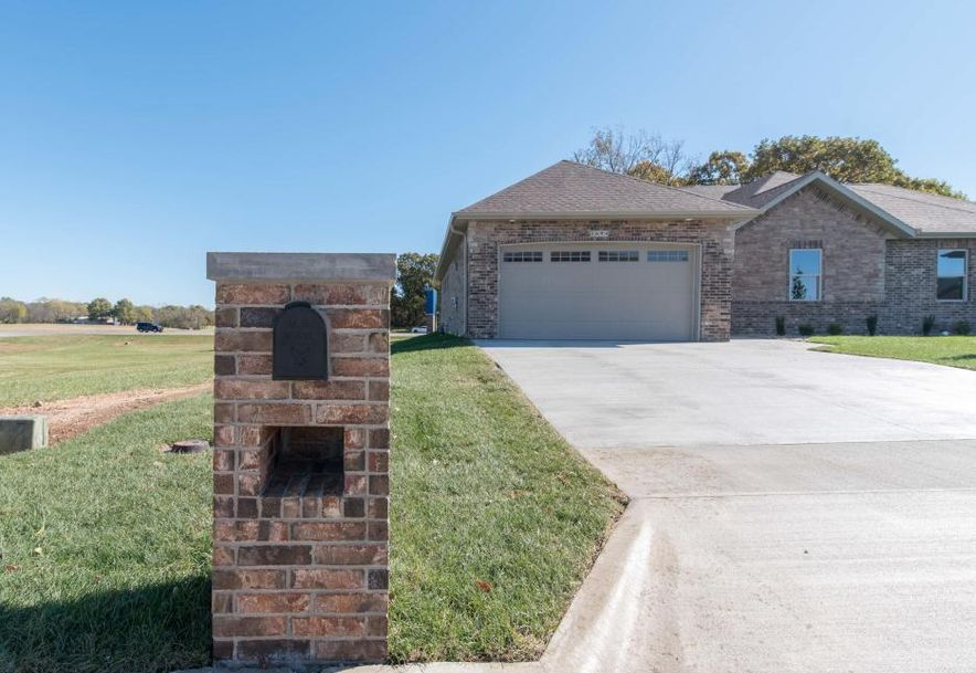 1694 North Gregory Drive Nixa, MO 65714 - Photo 9