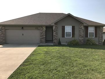 2422 East Willow Street Republic, MO 65738 - Image 1