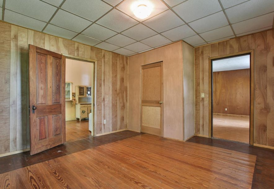 459 Tennessee Street Aldrich, MO 65601 - Photo 5