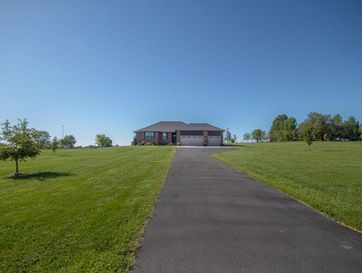 373 Fieldstone Road Clever, MO 65631 - Image 1