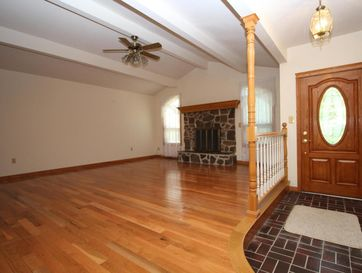 Photo of 1439 West Farm Road 102