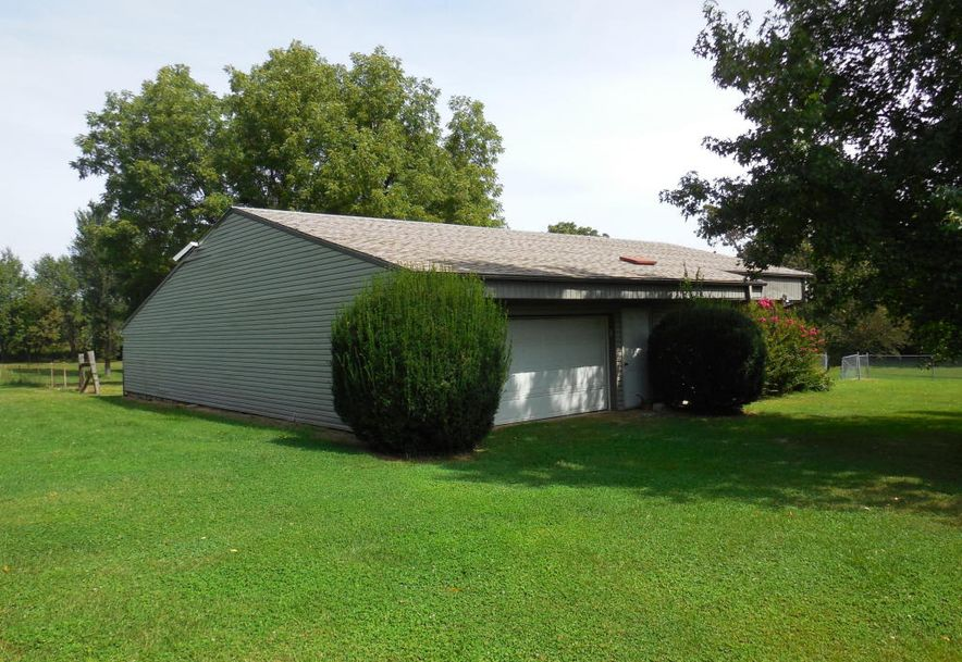 2261 East Grandview Street Springfield, MO 65803 - Photo 33