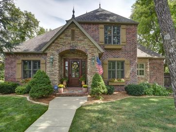 5286 South Woodfield Avenue Springfield, MO 65810 - Image 1