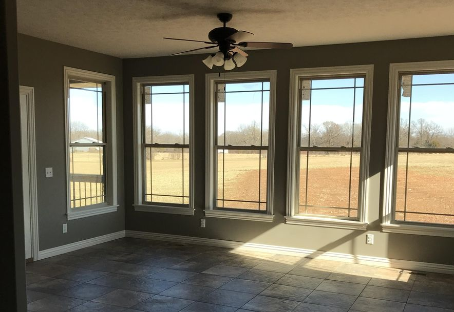 150 Southern Fields Circle Clever, MO 65631 - Photo 5