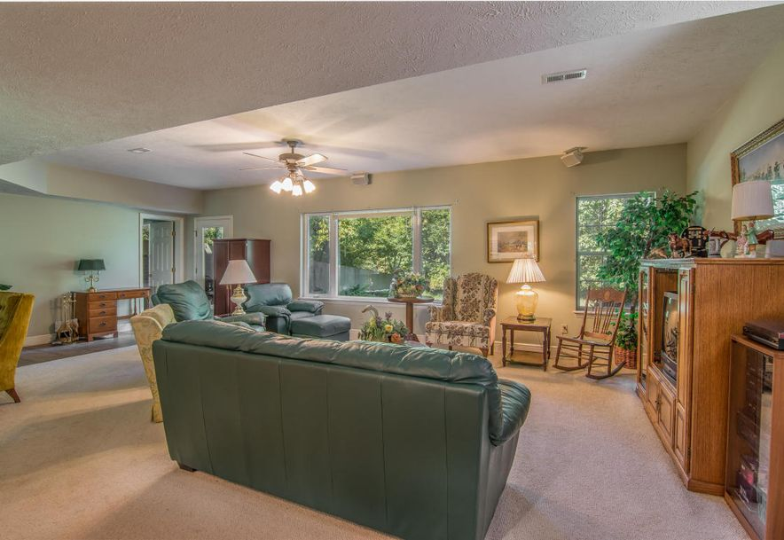 4355 West Routh Lane Willard, MO 65781 - Photo 34