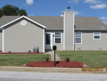 1051 West Butterfield Drive Nixa, MO 65714 - Image 1