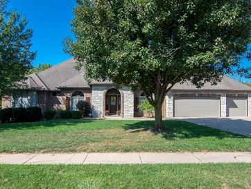 2363 South Forrest Heights Avenue Springfield, MO 65809 - Image 1