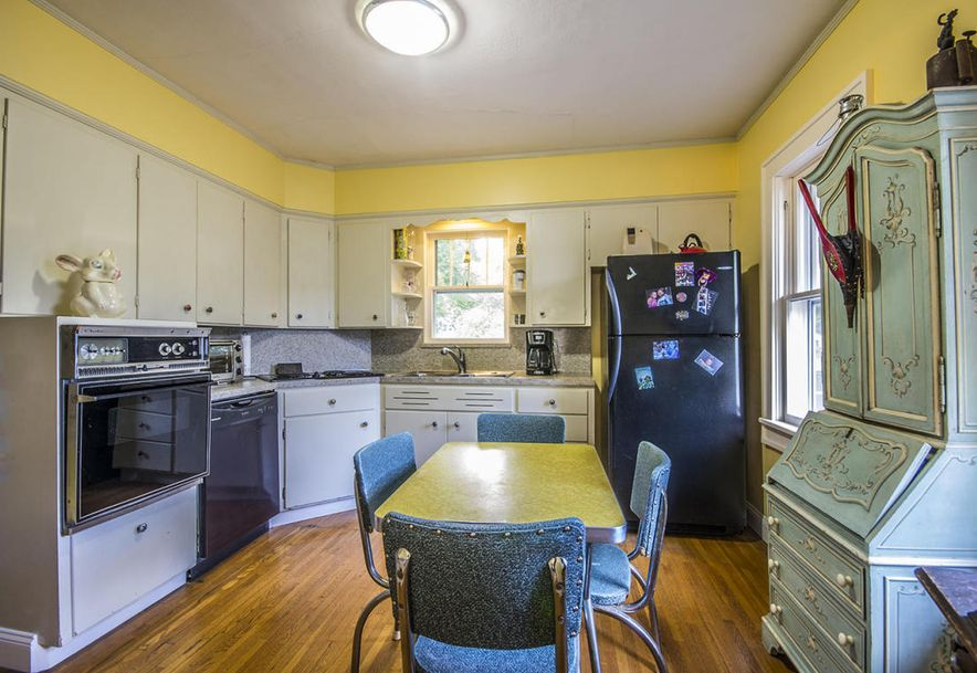 832 South Rogers Avenue Springfield, MO 65804 - Photo 13