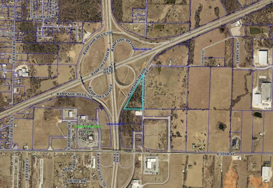 2702 South Prosperity Avenue Joplin, MO 64804 - Photo 1