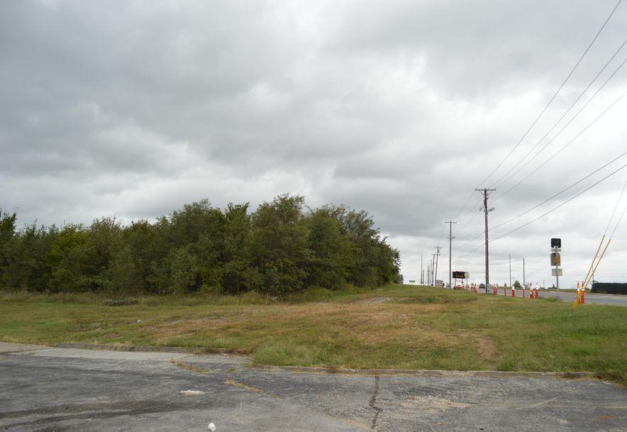2830 Maiden Lane Joplin, MO 64804 - Photo 9