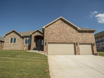 2002 North Citation Avenue Springfield, MO 65802 - Image 1