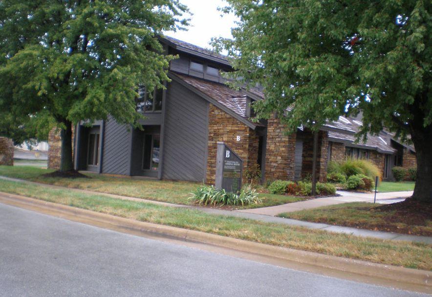 1200 East Woodhurst Drive Unit B 100 Springfield, MO 65804 - Photo 3