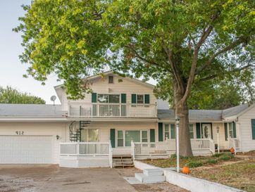 912 Parkview Drive Hollister, MO 65672 - Image 1