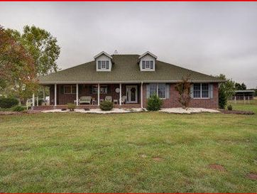 4727 East Ehren Lane Fair Grove, MO 65648 - Image 1