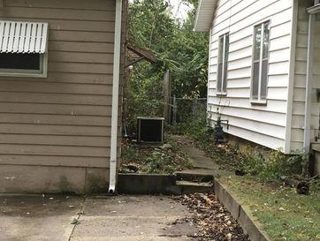 Photo of 2423 West Walnut Street