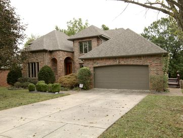 1668 South Chapel Drive Springfield, MO 65809 - Image 1
