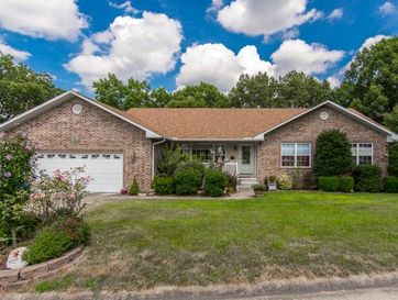 140 Alysse Lane Hollister, MO 65672 - Image 1