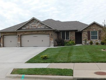 5703 South Winsor Drive Battlefield, MO 65619 - Image 1