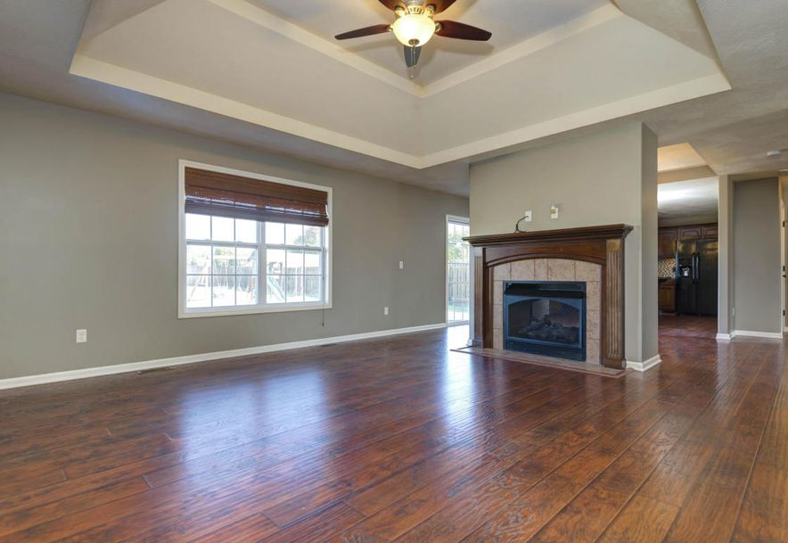 3545 West Don Place Springfield, MO 65807 - Photo 5
