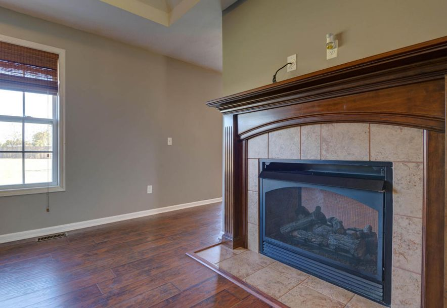 3545 West Don Place Springfield, MO 65807 - Photo 6