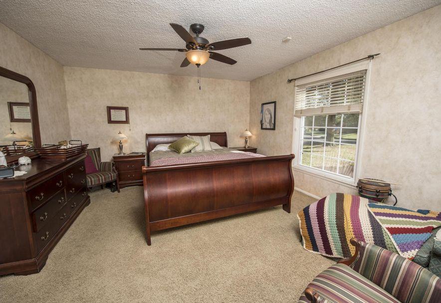 8206 Oakmont Drive Nixa, MO 65714 - Photo 37