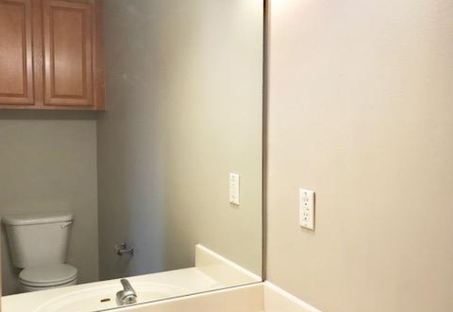 2327 West Chesterfield Boulevard E Springfield, MO 65807 - Photo 6