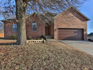 2014 North Bradbury Lane Ozark, MO 65721 - Image 1