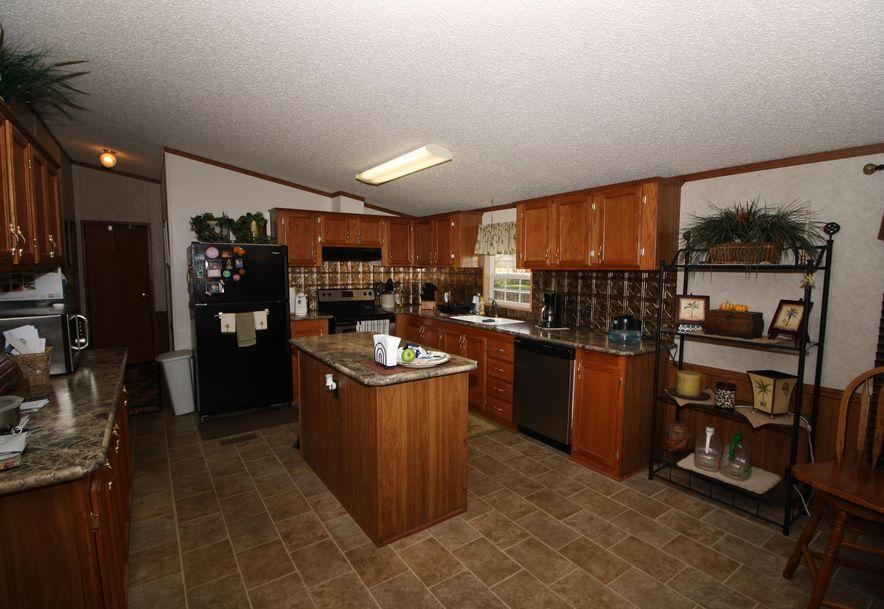 214 Maplewood Drive Billings, MO 65610 - Photo 11