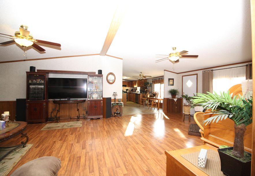 214 Maplewood Drive Billings, MO 65610 - Photo 3