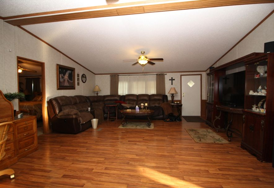214 Maplewood Drive Billings, MO 65610 - Photo 5