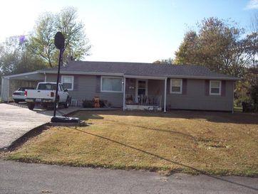 1009 South Griffith Avenue Aurora, MO 65605 - Image 1