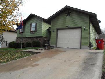 1510 West Meadow Street Ozark, MO 65721 - Image 1