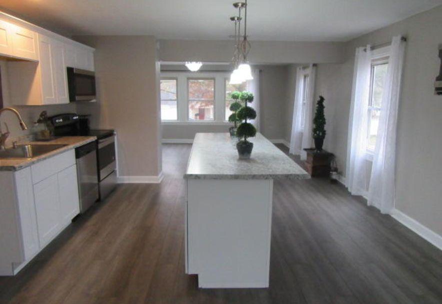 427 East Burford Street Marshfield, MO 65706 - Photo 17