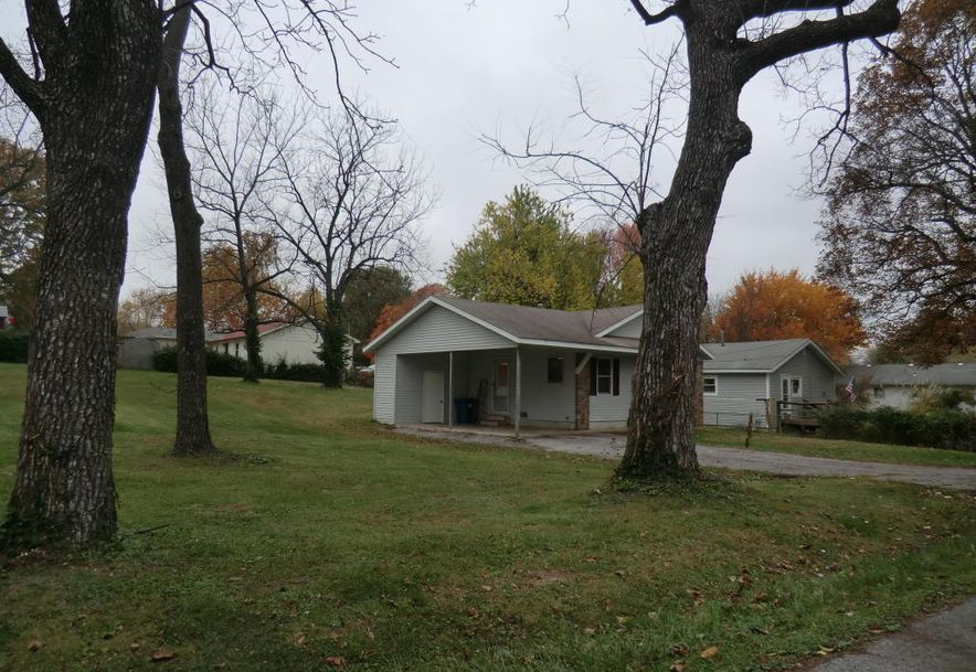 2757 North Howard Avenue Springfield, MO 65803 - Photo 3