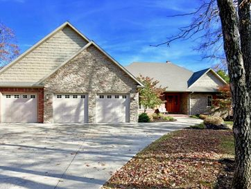 557 Meadow Lane Branson, MO 65616 - Image 1
