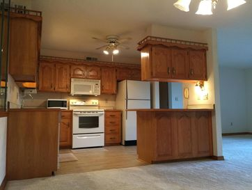 160 Wilshire Drive #70 Hollister, MO 65672 - Image 1