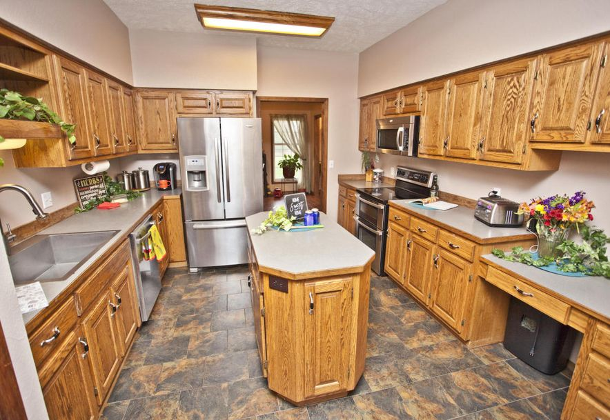 23226 Farm Road 1055 Washburn, MO 65772 - Photo 18