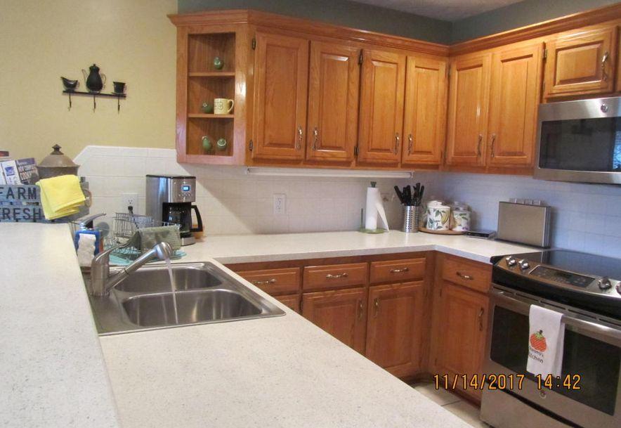 2404 West Buena Vista Street Springfield, MO 65810 - Photo 16