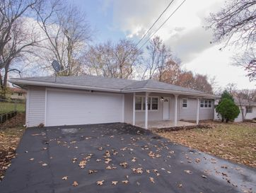 1042 South John Avenue Springfield, MO 65804 - Image 1