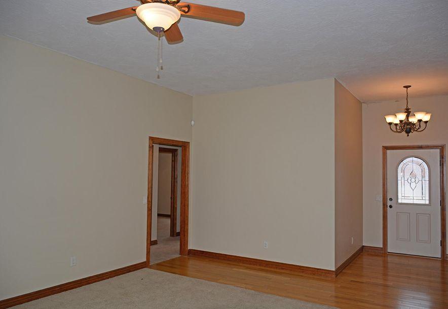 5785 West Alexa Lane Springfield, MO 65802 - Photo 2