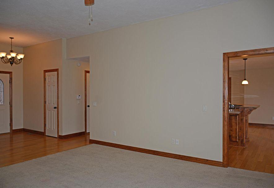 5785 West Alexa Lane Springfield, MO 65802 - Photo 3