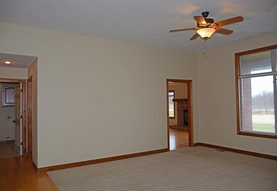 5785 West Alexa Lane Springfield, MO 65802 - Photo 4