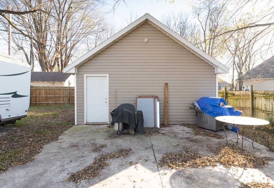 714 West Division Street Springfield, MO 65803 - Photo 5