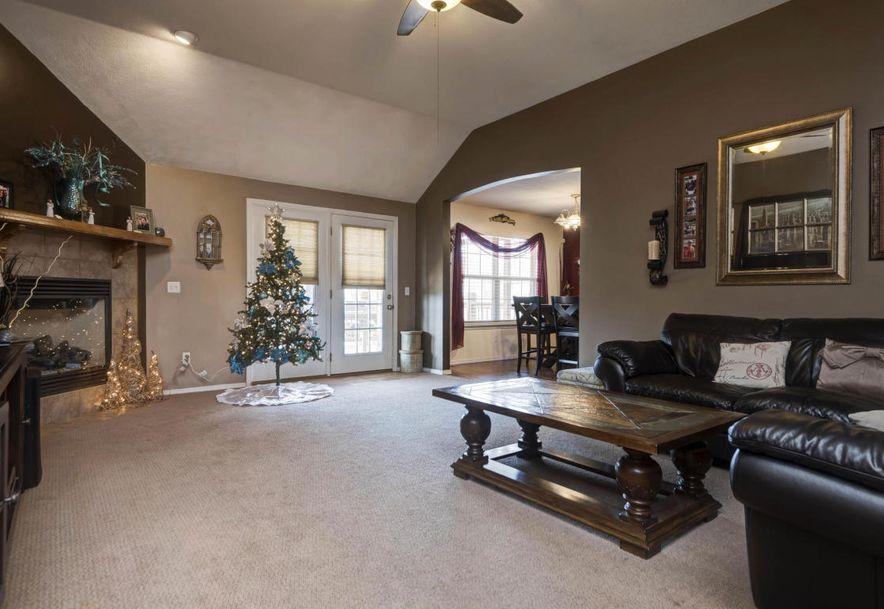 647 North White Rock Avenue Republic, MO 65738 - Photo 4