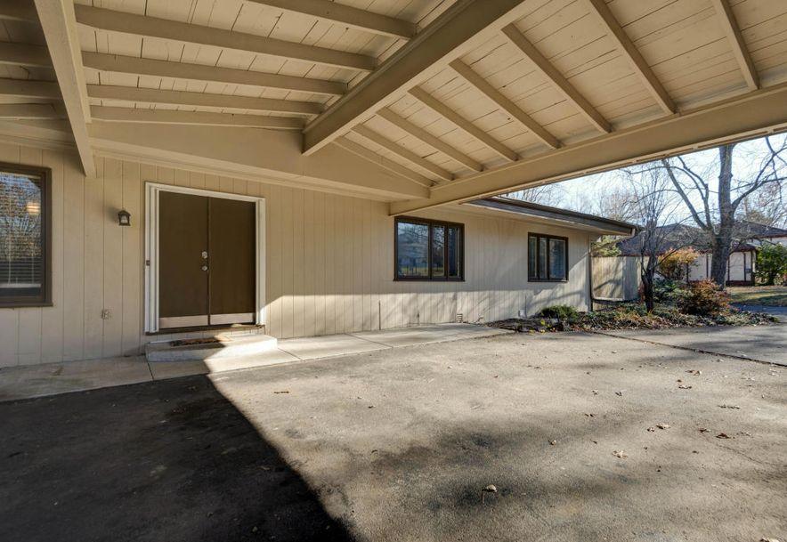 826 South Mumford Drive Springfield, MO 65809 - Photo 11