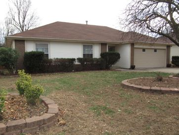 914 East Powell Street Springfield, MO 65804 - Image 1