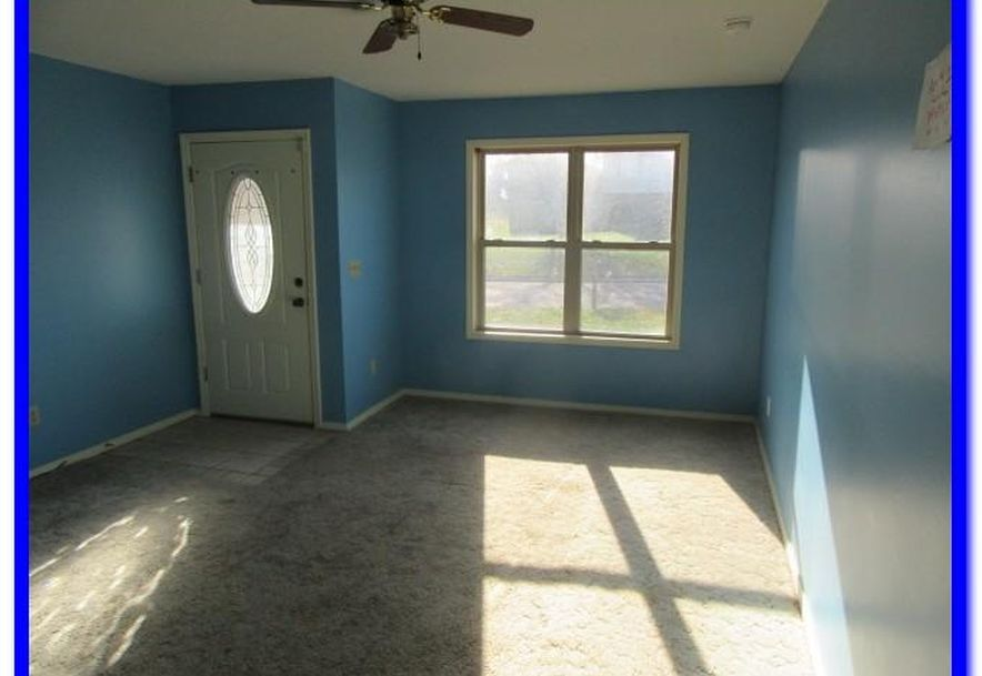 1515 West Meadow Avenue Ozark, MO 65721 - Photo 4
