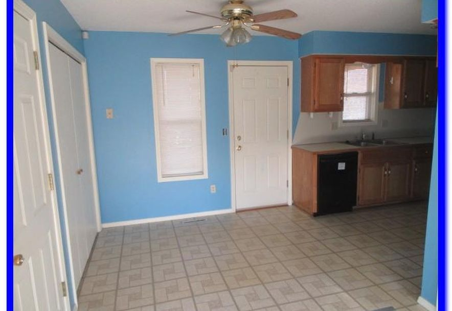 1515 West Meadow Avenue Ozark, MO 65721 - Photo 5