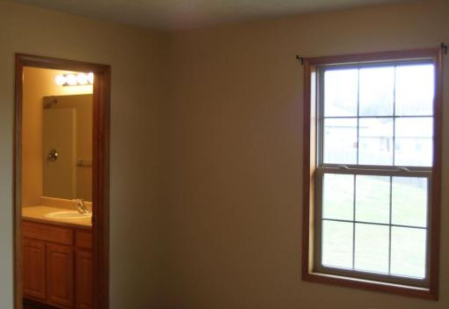 218 West Mazzy Drive Springfield, MO 65803 - Photo 18